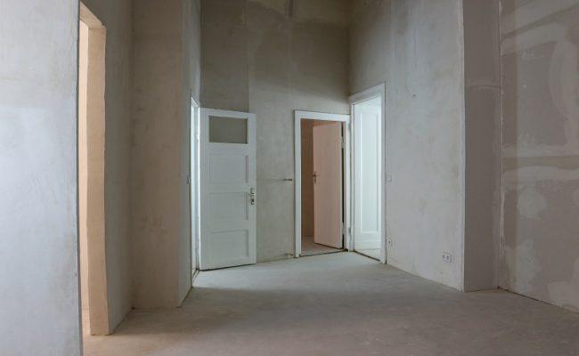 Hinterraum mit Zugang zum Verkaufsraum